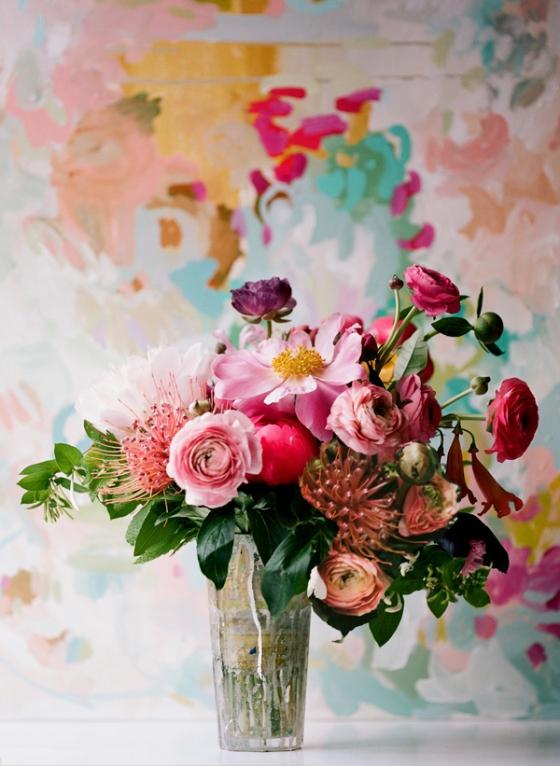 painterly-flower-arrangement-pink-peach-ranunculus-protea